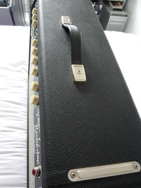 Fender Pro Tube Custom Vibrolux Reverb  (27201)