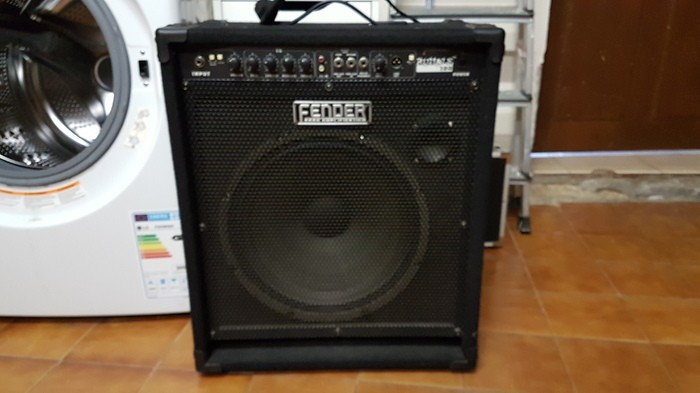 Fender Rumble 100 Combo 1x15 (75898)