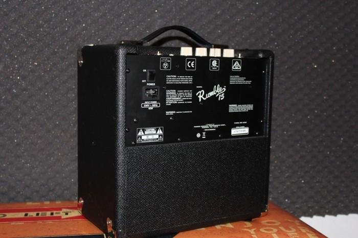 Fender Rumble 15 V3 (21856)