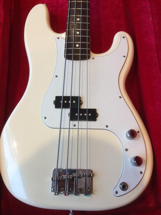 Fender Standard Precision Bass [1990-2005] (94299)
