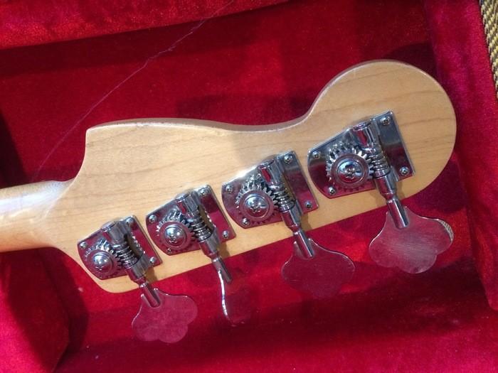 Fender Standard Precision Bass [1990-2005] (56317)