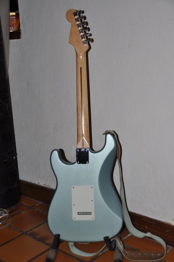 Fender Standard Stratocaster [1990-2005] (52758)