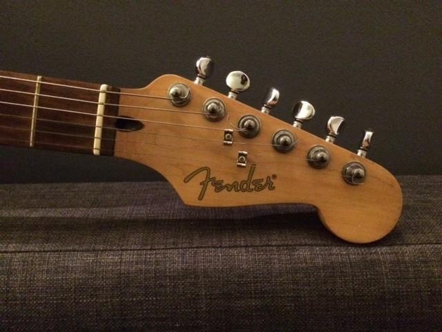 Fender Stratacoustic [2000-2005] (98696)