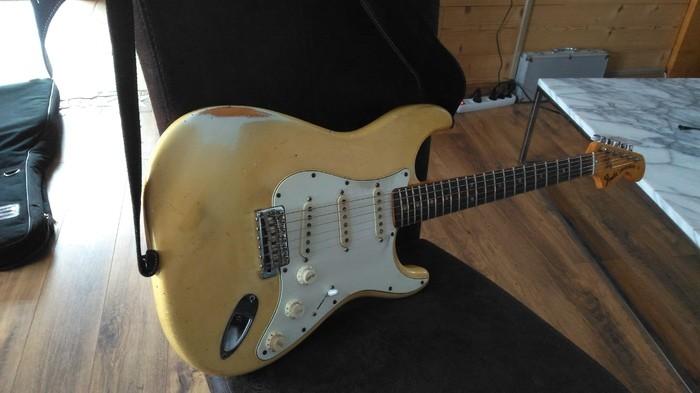 Fender Stratocaster [1965-1984] (90514)