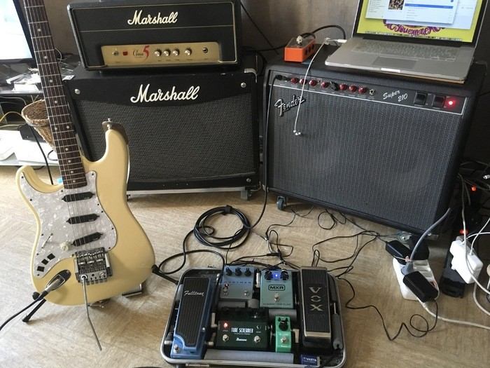 Fender Super 210 (69047)