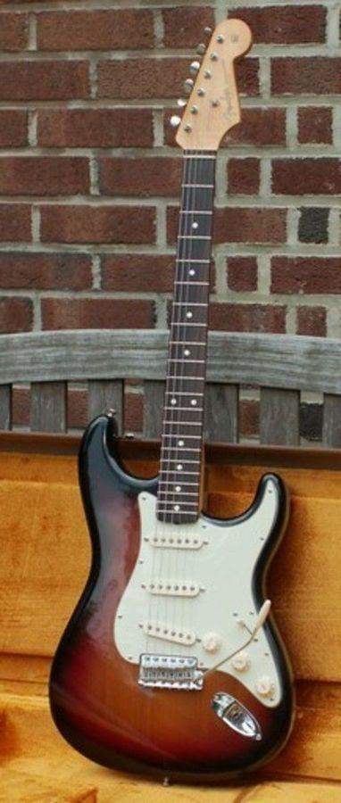 Fender stratocaster vintage hot rod 62