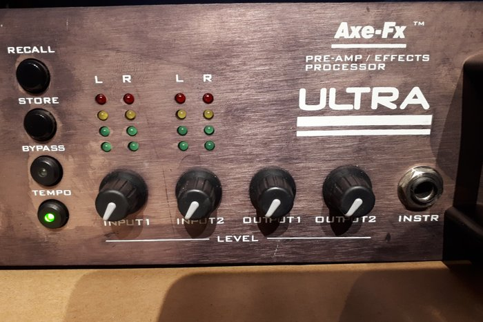 Fractal Audio Systems Axe-Fx Ultra (92484)