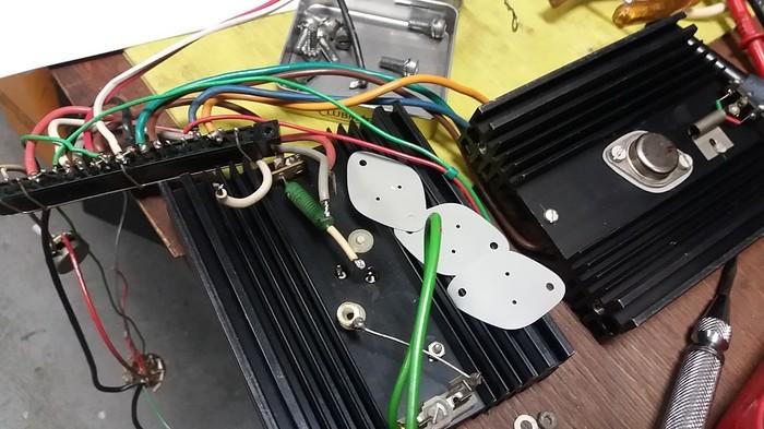 https://medias.audiofanzine.com/images/thumbs3/frank-electronics-b200-3051841.jpg