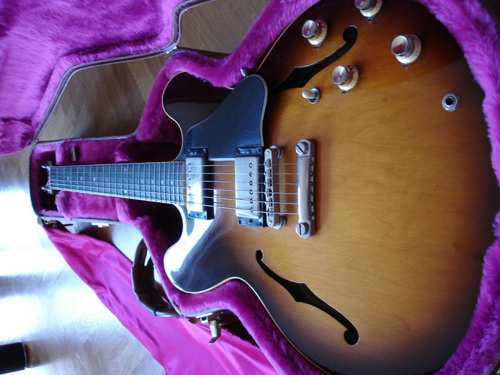 Gibson ES-335 (1990) rom5055 images