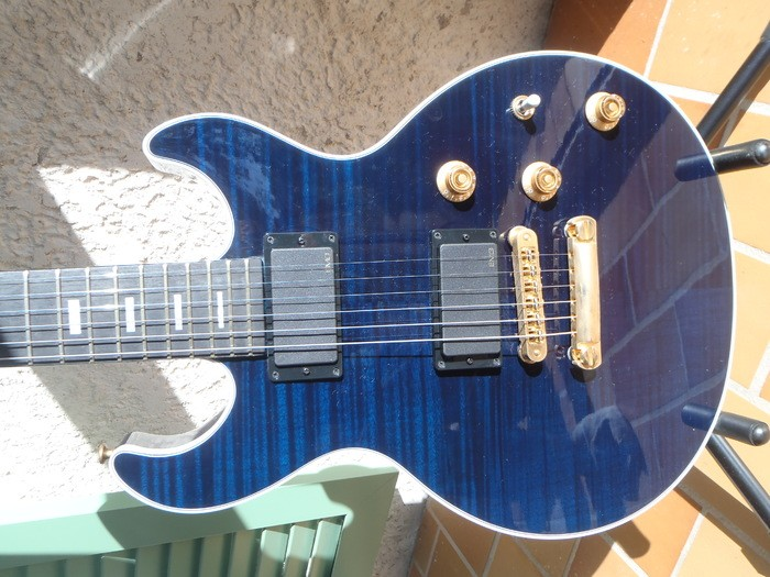 Gibson [Guitar of the Month - July 2008] Longhorn Double Cut - Trans Blue (93394)