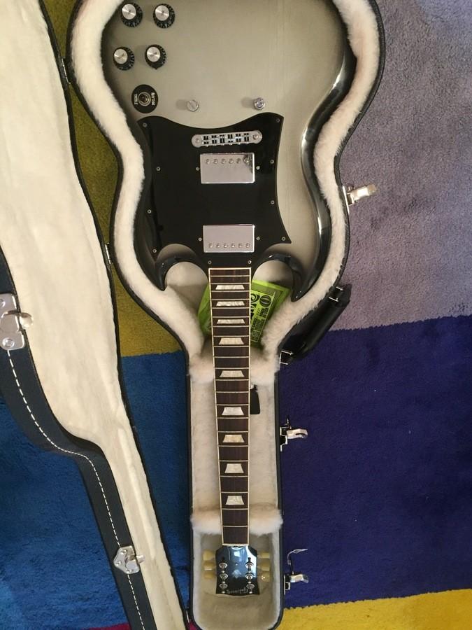 Gibson [Guitar of the Week #3] SG Standard - Silverburst (1180)