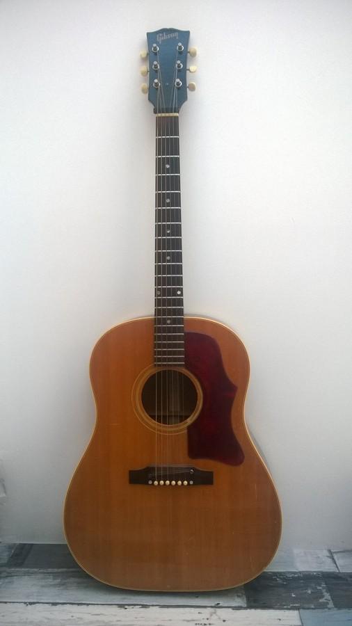 Gibson J45 guyl31 images