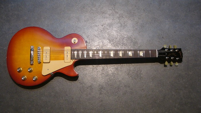 Gibson Les Paul Studio '60s Tribute - Worn Cherry Burst (34252)