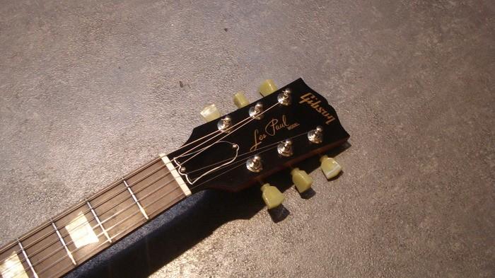 Gibson Les Paul Studio '60s Tribute - Worn Cherry Burst (14827)
