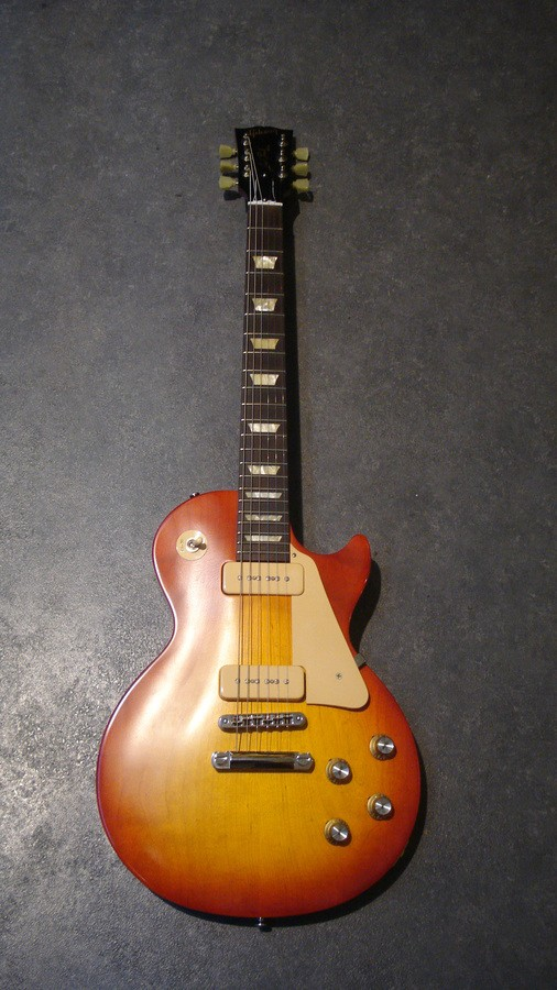 Gibson Les Paul Studio '60s Tribute - Worn Cherry Burst (66296)