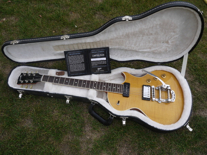 Gibson Nighthawk 2009 - Trans Amber floblues images
