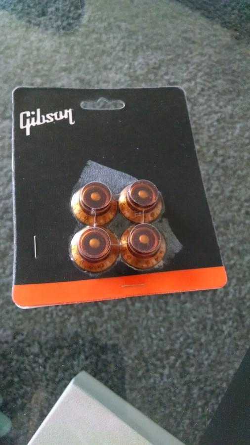 gibson prhk 030 top hat knobs vintage amber image 2014458 audiofanzine. Black Bedroom Furniture Sets. Home Design Ideas