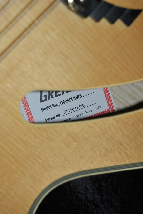 Fender Standard Stratocaster [1982-1986] (68725)