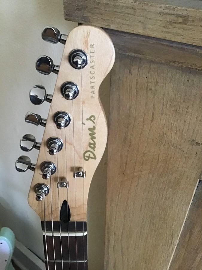 https://medias.audiofanzine.com/images/thumbs3/guitares-electriques-solid-body-2941985.jpeg