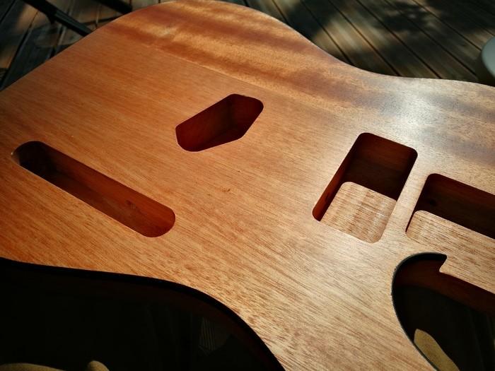 https://medias.audiofanzine.com/images/thumbs3/guitares-electriques-solid-body-3009628.jpg