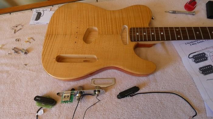 https://medias.audiofanzine.com/images/thumbs3/guitares-electriques-solid-body-3049121.jpg