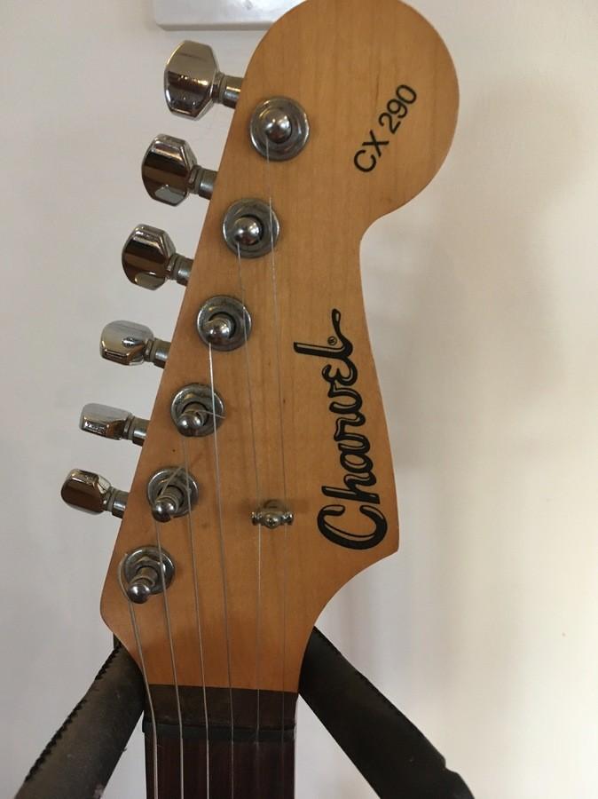 https://medias.audiofanzine.com/images/thumbs3/guitars-3112191.jpg