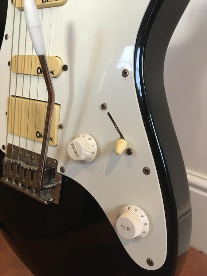 https://medias.audiofanzine.com/images/thumbs3/guitars-3112192.jpg