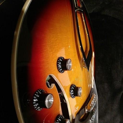 Hagstrom HJ-800 - 3-Tone Sunburst (56911)