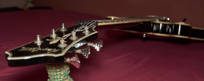 Hagstrom Viking - Black Gloss (71191)
