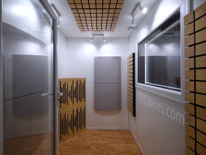 https://medias.audiofanzine.com/images/thumbs3/hds-cabines-cabine-acoustique-2703768.jpg