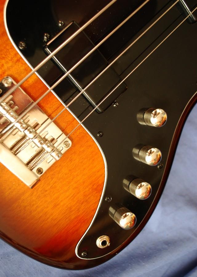 Hofner Guitars 185 Bass Guitar - sunburst (HCT-185-SB) (94850)