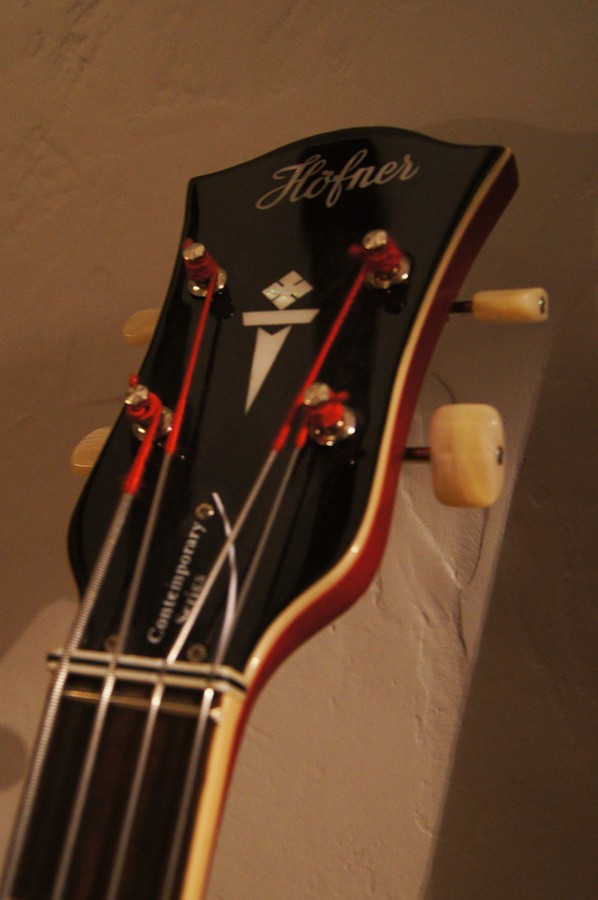 Hofner Guitars Verythin Bass-HCT-500/7 Red (43789)