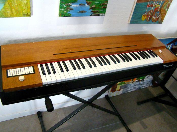 hohner clavinet d6 image 1401157 audiofanzine. Black Bedroom Furniture Sets. Home Design Ideas