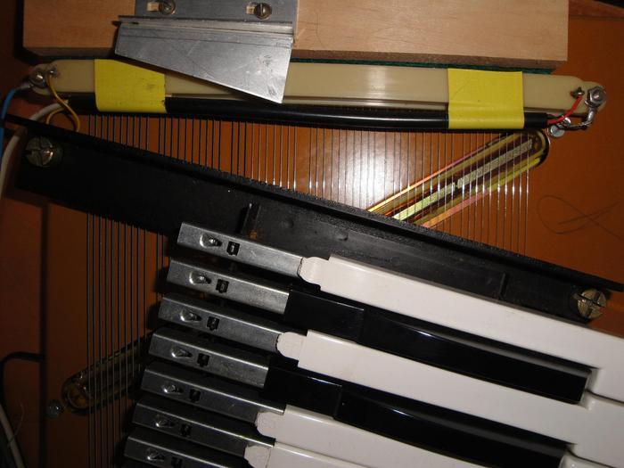 hohner clavinet d6 image 383512 audiofanzine. Black Bedroom Furniture Sets. Home Design Ideas