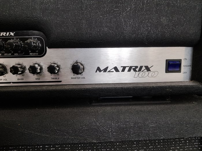 Hughes & Kettner Matrix 100 Head (32774)