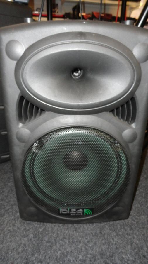 Foto Ibiza Sound IBIZA PORT12VHF USB-MP3 & 2 MICROS VHF easycash36