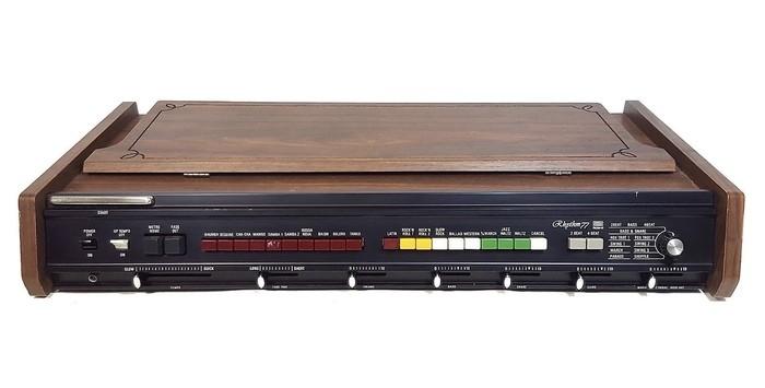 https://medias.audiofanzine.com/images/thumbs3/instruments-electroniques-2931997.jpeg