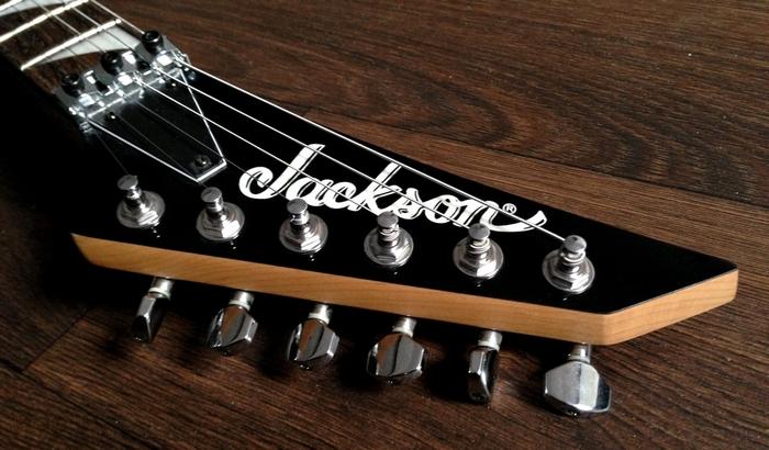 Jackson JS32R Dinky