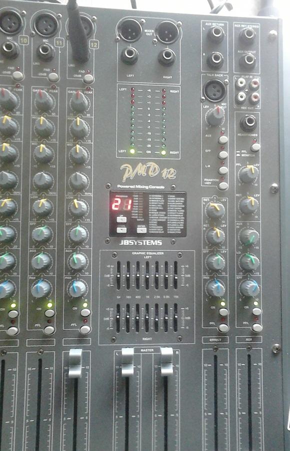 Photo jb systems pmd12 jb systems table de mixage professionnelle 901567 audiofanzine - Table de mixage professionnel ...