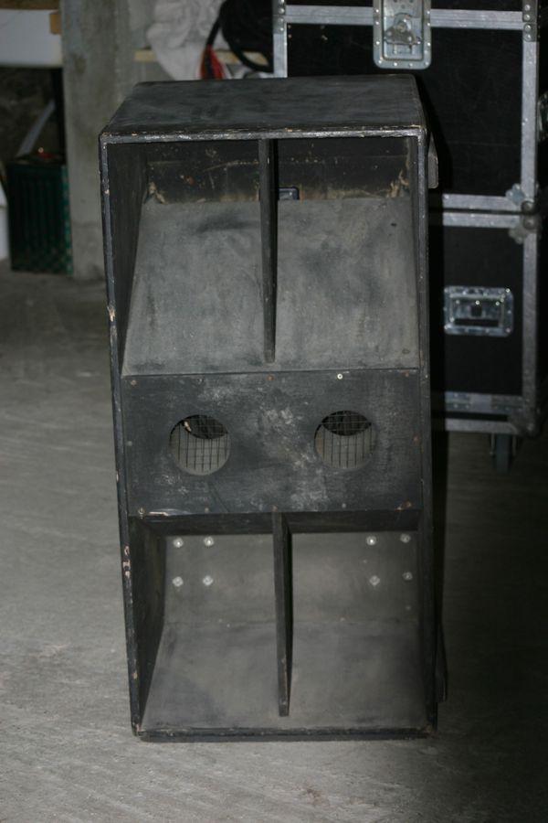 photo jbl chateaux bass bin jbl pro chateaux bass bin 631628 audiofanzine. Black Bedroom Furniture Sets. Home Design Ideas
