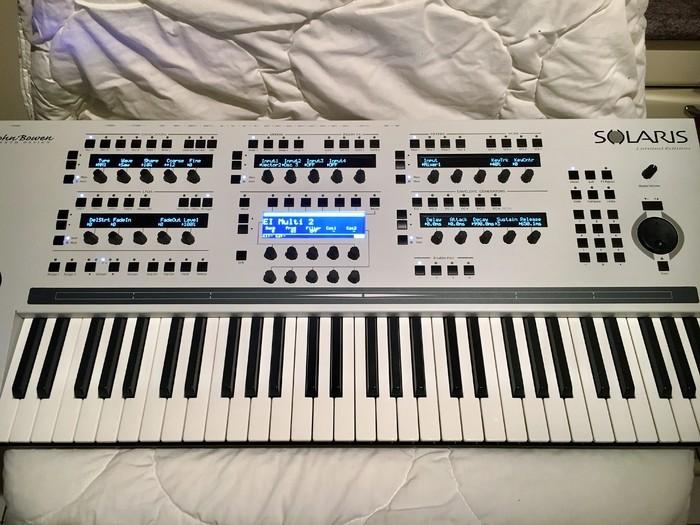 https://medias.audiofanzine.com/images/thumbs3/john-bowen-synth-design-solaris-3136581.jpg