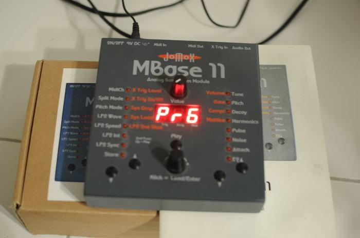 JoMoX MBase 11 (6055)