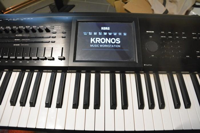 Korg Kronos 73 (2015) (37748)