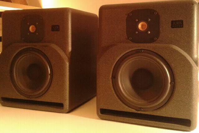 KRK 9000B art of sound images