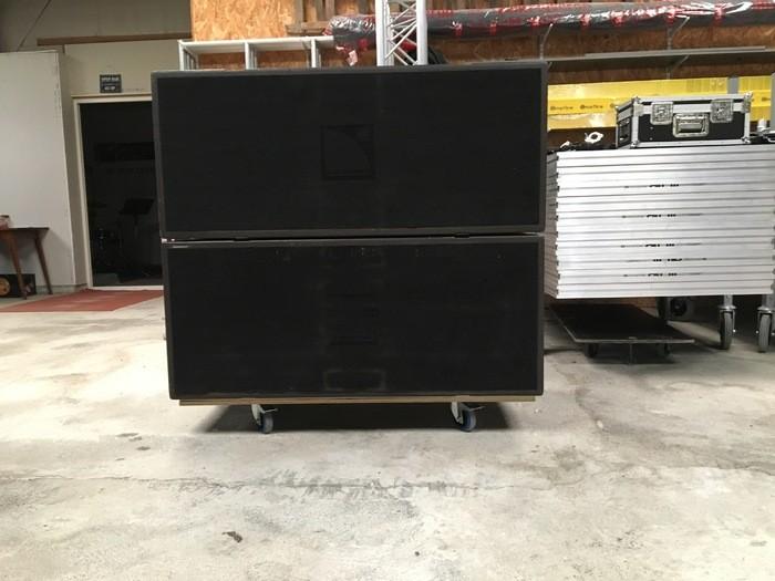 caisson de basses l acoustics sb218 4 disponibles. Black Bedroom Furniture Sets. Home Design Ideas