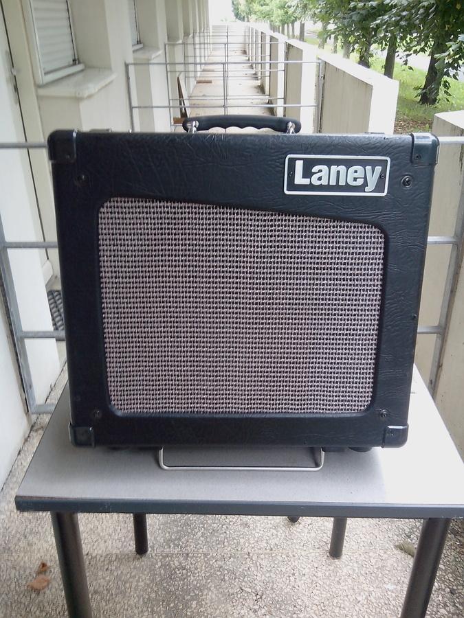 laney cub12r image 655137 audiofanzine. Black Bedroom Furniture Sets. Home Design Ideas