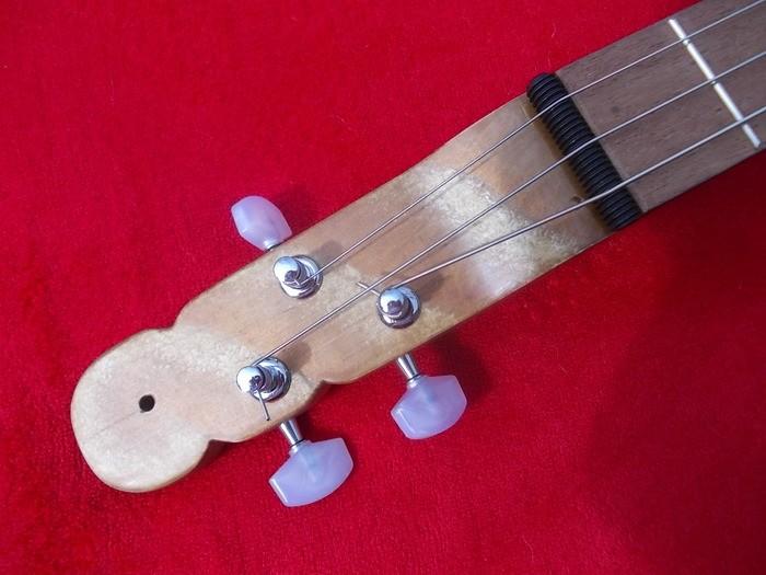 https://medias.audiofanzine.com/images/thumbs3/les-mains-dans-le-cambouis-2303316.jpg