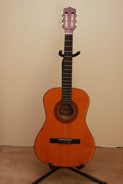photo linko classical guitar 3 4 linko guitare classique. Black Bedroom Furniture Sets. Home Design Ideas