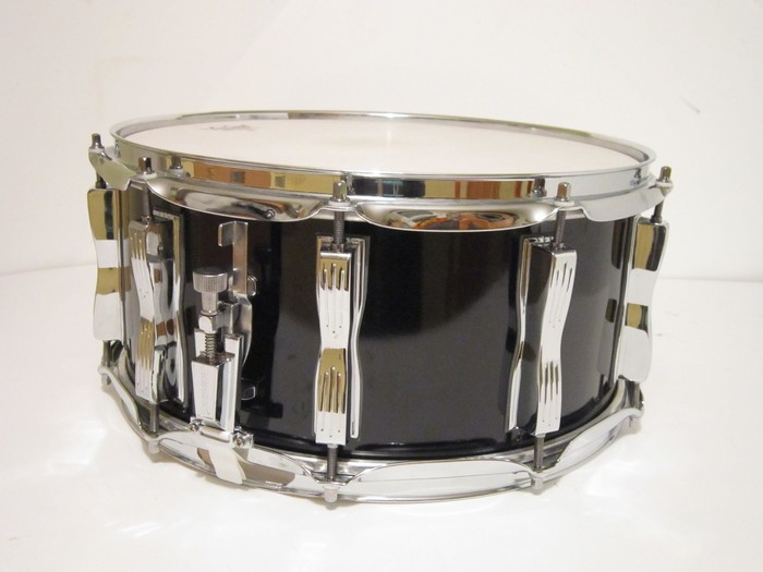 Ludwig Drums Classic Maple 14 x 6.5 Snare (96624)