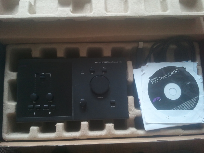 photo m audio fast track c400 m audio fast track c400 2185 851951 audiofanzine. Black Bedroom Furniture Sets. Home Design Ideas